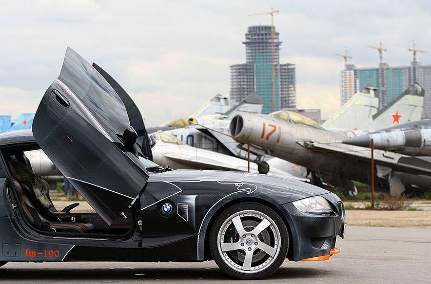 BMW Z4 M gets Focke-Wulf 190 paintjob