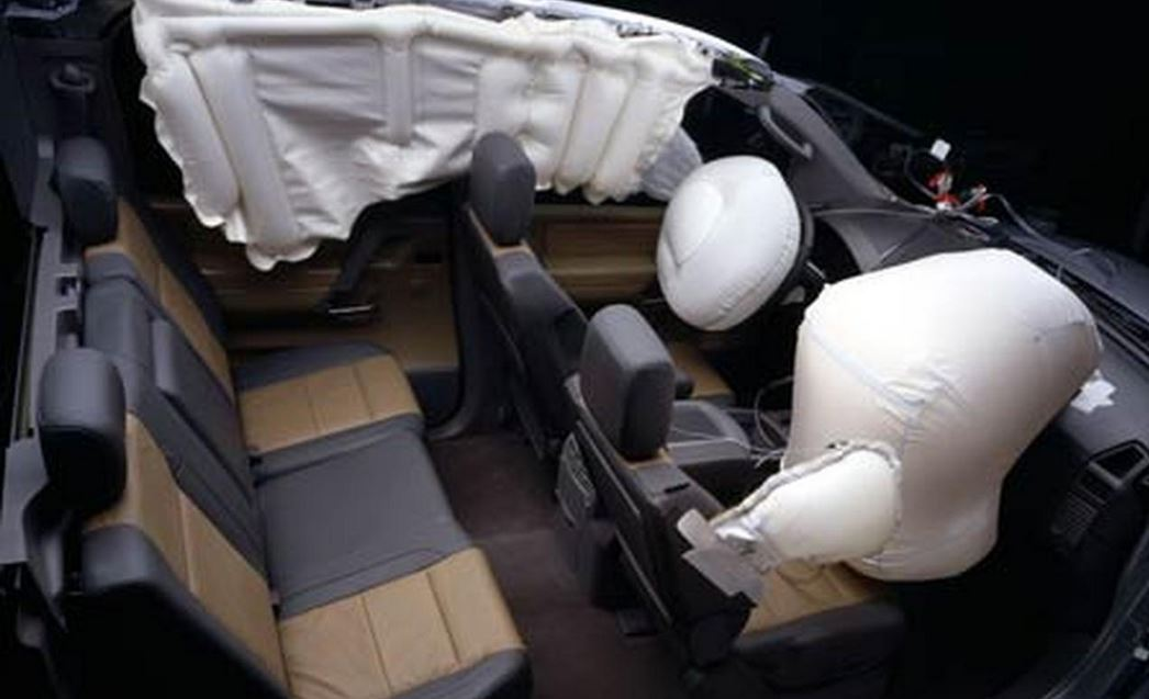 BMW i3 airbags