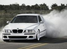 Video Reveals the Real Insides of the Iconic E39 BMW M5