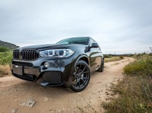BMW X5 Sits on Vorsteiner Wheels
